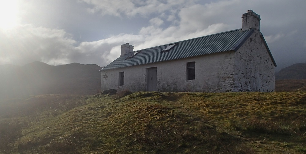 Maol-bhuidhe, once of the best bothies I encountered