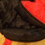 Draft baffles behind the zipper reduces heat loss