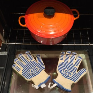 French Oven and Eskel1 Cool Gloves