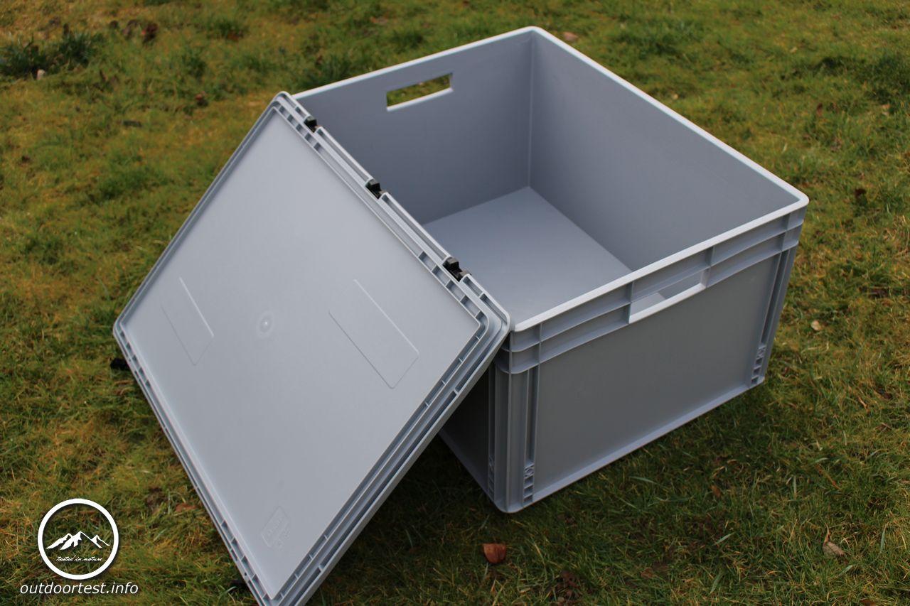 auer eurobeh lter mit scharnierdeckel tested in nature. Black Bedroom Furniture Sets. Home Design Ideas