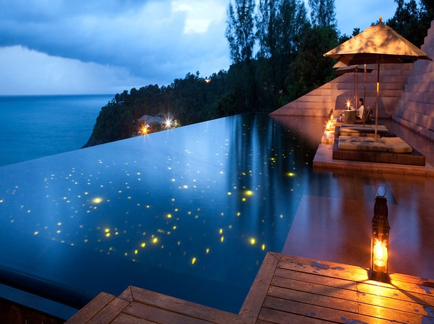 These Lights Will Turn Your Pool Into Starry Sky  outdoorthemecom