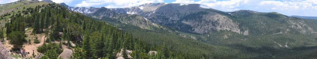 A view of the Mummy Range towards the Comanche Peak Wilderness
