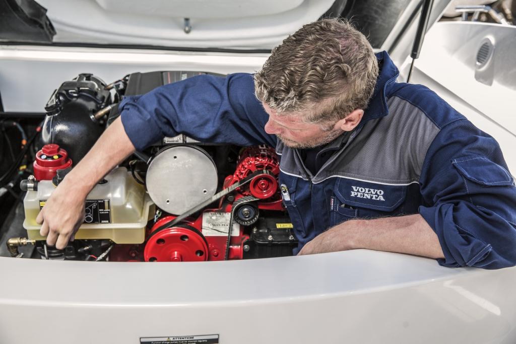 Marine Mechanic Newport Harbor