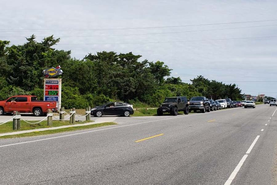 Long lines at Hatteras gas stations after pipeline hack