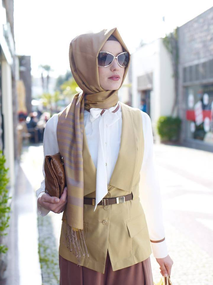 muslim-women-Job-outfits Hijab office Wear - 12 Ideas to Wear Hijab at Work Elegantly