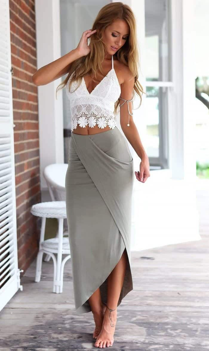 Beach Wedding Outfits14 Outfits to Wear on Beach Wedding