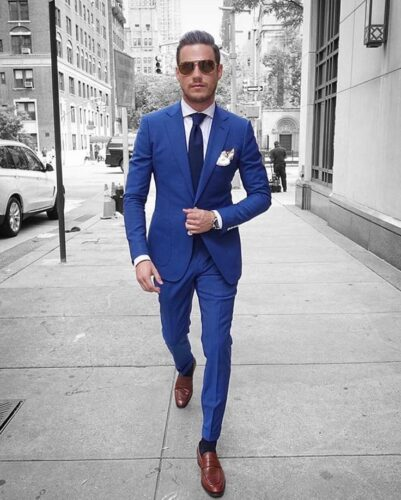 What Color Socks To Wear With Navy Blue Suit And Brown