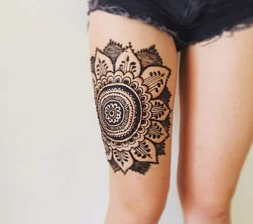 Mehndi Designs In Leg