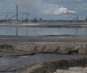 """A tar sands refinery. Photo credit: <a href=""""http://www.flickr.com/photos/pembina/"""">the Pembina Institute</a>"""