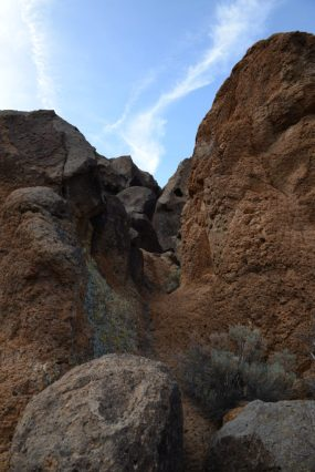 Narrow Trail at Hole-in-the-wall