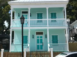 Love the color of this sweet house in Key West