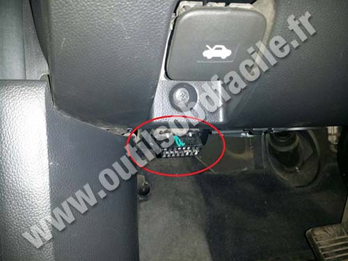 2007 Chevy Aveo Fuse Box Obd2 Connector Location In Chevrolet Captiva 2006 2011