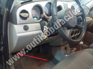 OBD2 connector location in Chrysler PT Cruiser (2000  2010)  Outils OBD Facile