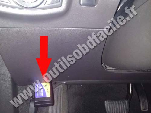 Ford Focus Se Fuse Box Obd2 Connector Location In Ford Fusion 2013 2015