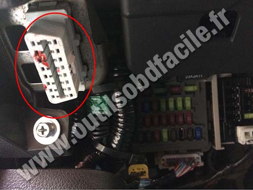 98 civic fuse box diagram 7 pin wiring truck obd2 connector location in honda accord (2008 - ) outils obd facile