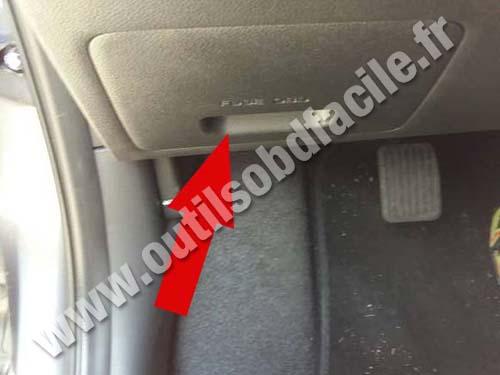 Likewise Hyundai Sonata Fuse Box On Hyundai Santa Fe Fuse Box Diagram