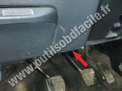 2008 Dodge Ram 1500 Fuse Box Obd2 Connector Location In Nissan Almera 2000 2006