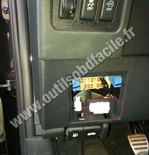 2006 nissan sentra engine diagram 2003 honda accord wiring harness obd2 connector location in qashqai (2007 - 2013) outils obd facile