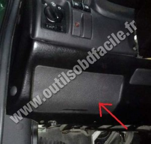 OBD2 connector location in Opel Astra F (1991  2000