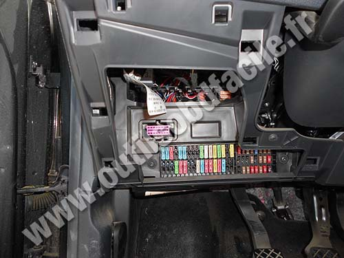 relay base wiring diagram carrier infinity heat pump obd2 connector location in seat ibiza (2002 - 2008) outils obd facile
