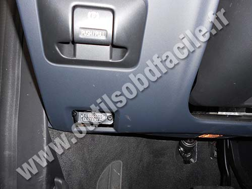 2005 Volvo Xc70 Wiring Diagram Obd2 Connector Location In Volvo S60 Outils Obd Facile