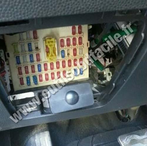 2008 Kia Sedona Fuse Box Diagram Prise Obd2 Dans Les Kia Picanto 2011 2014 Outils