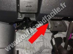 Prise OBD2 dans les Mazda Mazda 6 (2007  2012)  Outils
