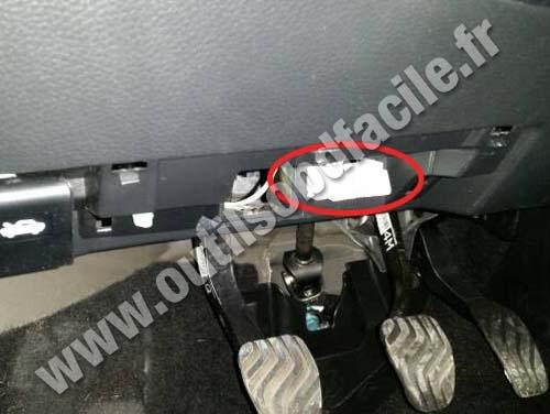 2013 Nissan Sentra Fuse Box Prise Obd2 Dans Les Nissan Qashqai 2014 Outils