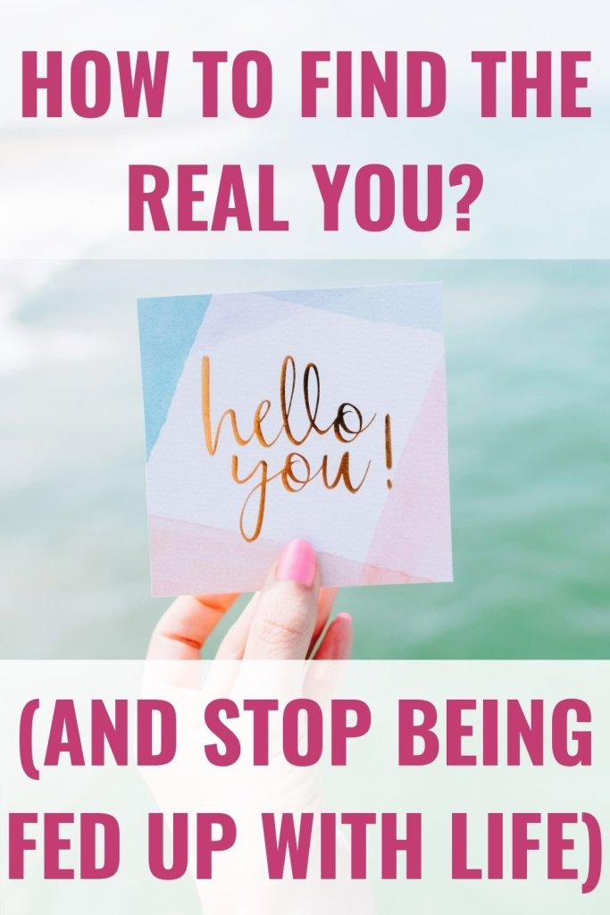 Woman by the beach holding a post it note with the words hello you after working out how to find the real you