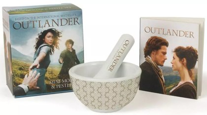 'Outlander' mortar and pestle