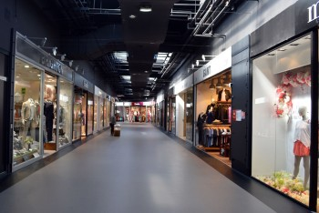 Gonesse Usines Center Paris Outlet Malls