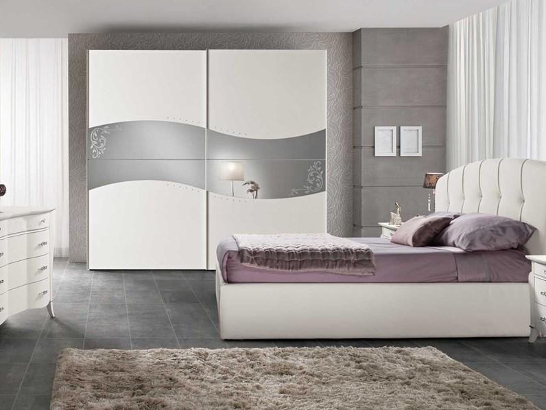 Con la serie gursken puoi facilmente arredare una camera da letto coordinata, ad un prezzo veramente accessibile. Camera Da Letto Spar Prestige Notte A Prezzo Scontato In Legno