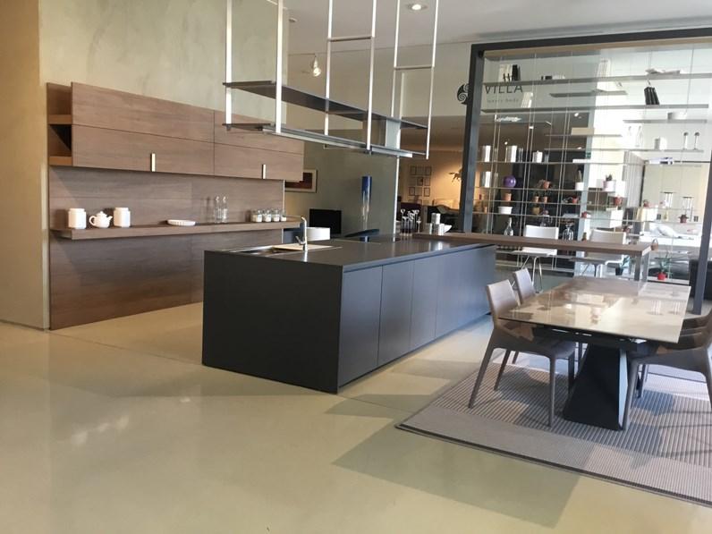 Cucina ad isola design Hiline 6 Dada a prezzo scontato