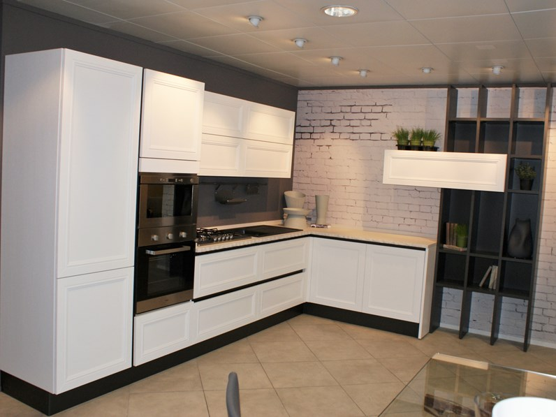 Cucina Aran cucine country ad angolo bianca in legno Magistra