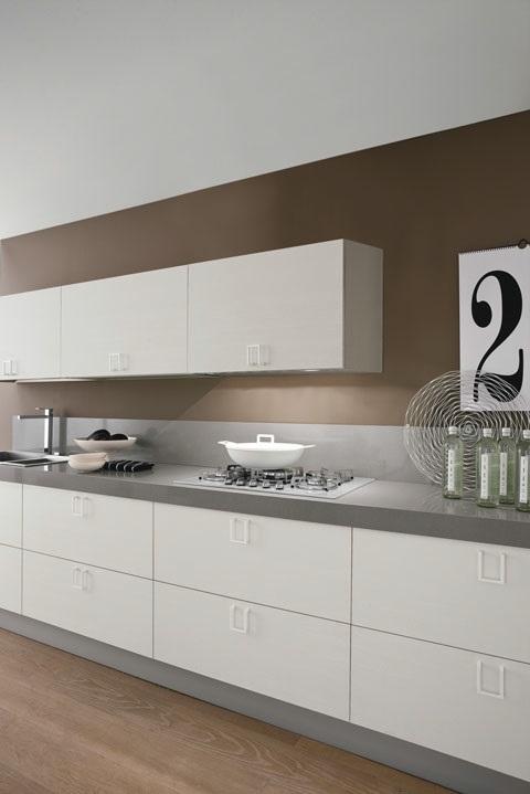 CUCINA bianca laccata MODERNA ESSENTIAL WHITE offerta convenienza  Cucine a prezzi scontati