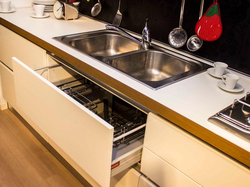 Cucina bianca moderna lineare Oyster veneta cucine Veneta