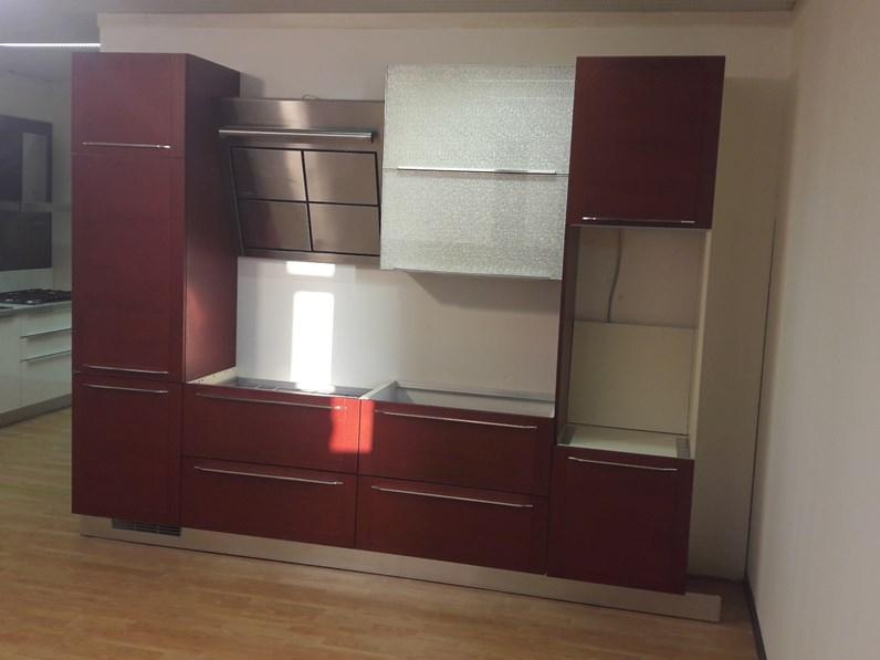 Cucina Dibiesse moderna lineare rossa in legno Quadra
