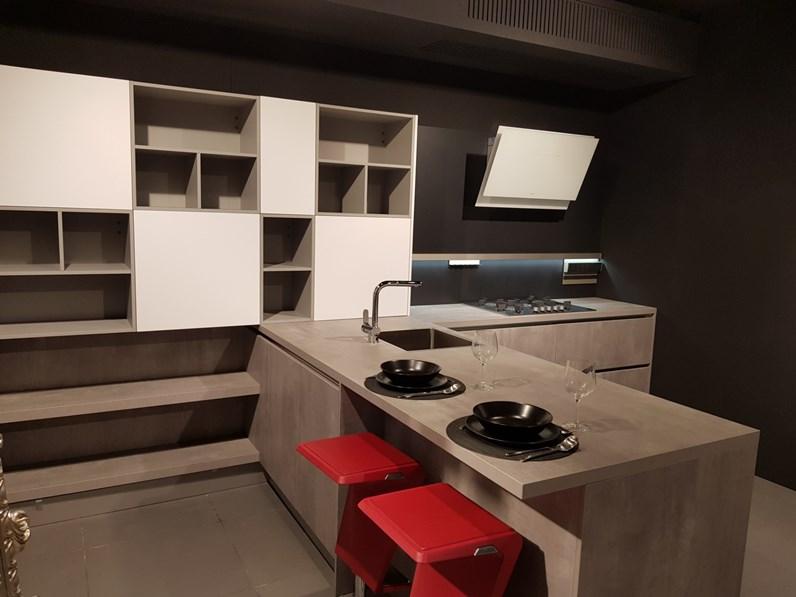 Cucina grigio moderna con penisola Cometgl hacker