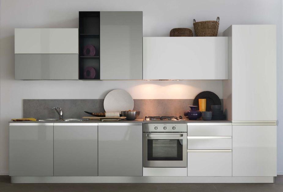 Cucina lineare Astra Cucine modello Combi laccata opaca Moderna  Cucine a prezzi scontati