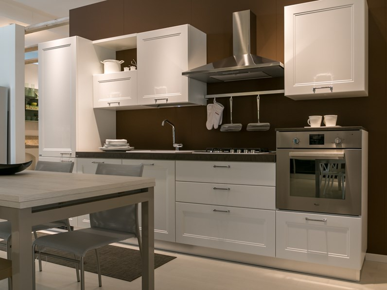 Cucina lineare Scavolini modello Colony scontata del 40