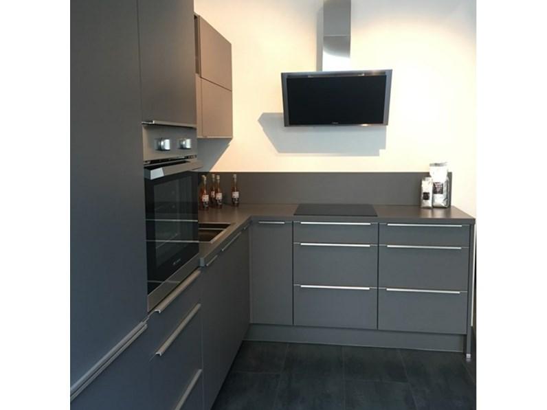Cucina modello Laser grigio design ad angolo in Offerta