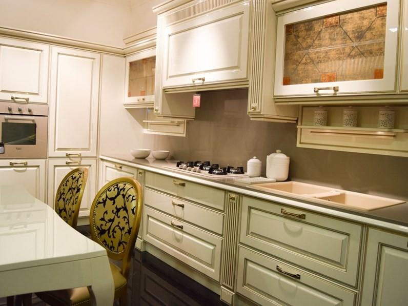 Cucina modello Mirabeau oro Veneta cucine PREZZO SCONTATO