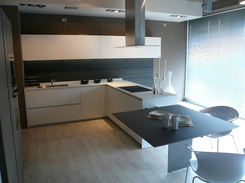 Cucina Modulnova Light Design Laccato Opaco bianca