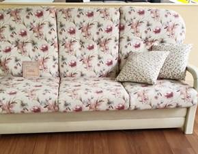 I mobili decoupage in stile provenzale ti permettono di creare nella tua camera un angolo del sud della francia. Offerte Di Divani Provenzale A Prezzi Outlet