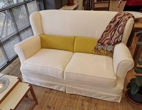 Tessuti per divani e poltrone · tessuti a pezze. Outlet Divani Country Prezzi Sconti Online 50 60