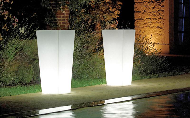 Lampada da esterno Vaso conico quadro  Outlet del mobile