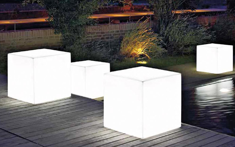 Lampade da esterno Vaso Cubo Lighting  Outlet del mobile
