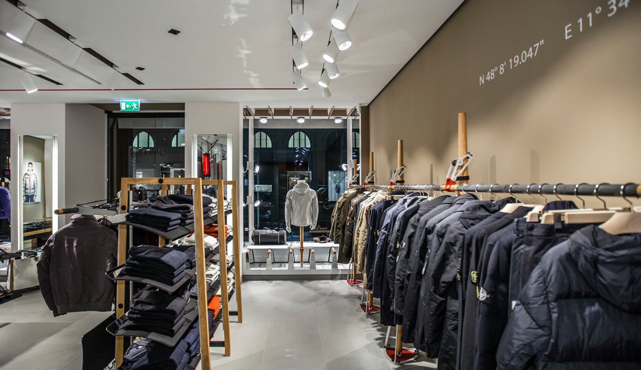 Stone Island Outlet Store  Casual Outlet