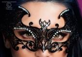 Maschera nera in metallo con strass 3994