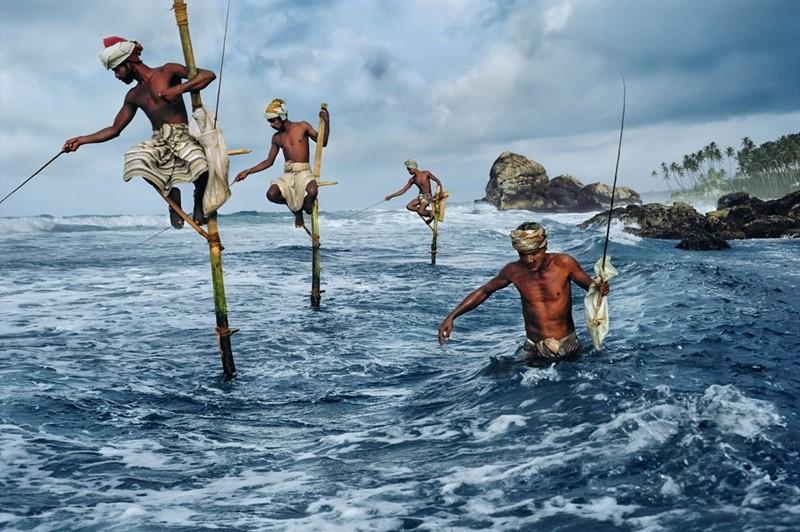 Steve McCurry- Stilt Fisherme